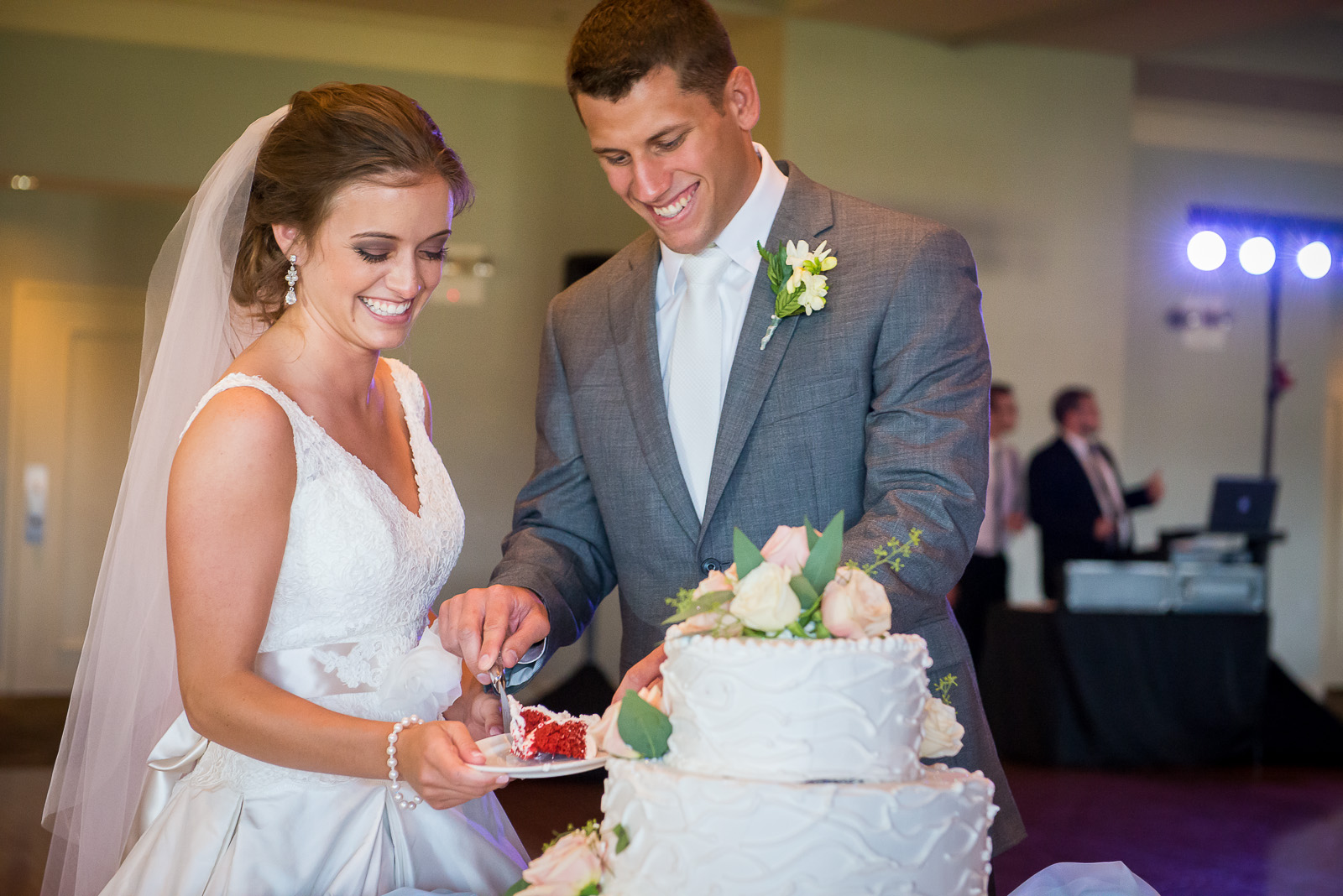 eric_and_christy_photographers_blog_wedding_madalyntyler-58